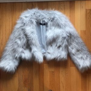 Cropped Textured Faux Fur Jacket